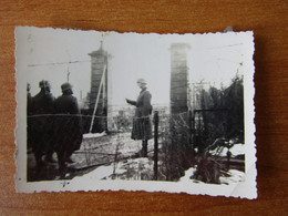 GUERIGNY NEVERS 27 JANVIER 1941  WW2 GUERRE 39 45 SOLDATS ALLEMANDS FORGE ENTREE COURS INSPECTION - Guerigny