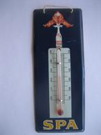 Très Rare Thermomètre SPA MONOPOLE En Tôle Sérigraphiée Signée Jean D'YLEN - Années 50 - Non Classés