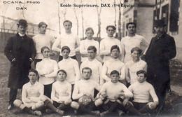 """CARTE-PHOTO De L'équipe 1ère De Rugby De L'école Supérieure De DAX """"Les Genêts"""",circa 1909. - Dax"""
