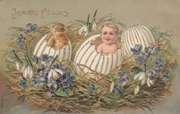 CPA Gaufrée Bébé Baby Poussin Oeuf Joyeuses Pâques Violette Perce-neige Embossed Fantaisie Illustrateur (2 Scans) - Pasqua
