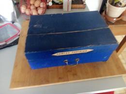 Lot De + De 1200 Cartes Drouille (grand Et Petit Format), Des Petits Carnets, Des Petites Photos, + De 100 Cpa Décollées - 500 Postales Min.