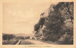 04 Pierrevert Les Remparts - Altri Comuni
