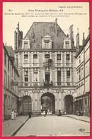 """CPA """"PARIS D'AUTREFOIS"""" Rue François-Miron 75004 - Hôtel De Beauvais - Paris (04)"""