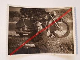 Photo Vintage. Original. Moto. L'URSS - Coches