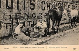 Deux Cavaliers D'un Régiment De Spahis Algériens En France Au Début De La Guerre De 1914 - War 1914-18