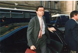 Photo Originale LOUIS SCHWEITZER  Le  PDG DE RENAULT  à L'assemblée Nationale En 1997 - Identified Persons