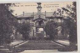 GAGNY  Rue De Villemomble  Square Des Amis - Gagny