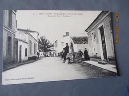 Grande Rue Arbre Liberte Jard Vendee - Sonstige Gemeinden