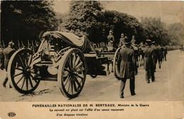 CPA AK Funerailles Nationales De M. Berteaux POLITICS (575353) - Evenementen