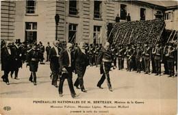 CPA AK Funerailles Nationales De M. Berteaux POLITICS (575363) - Evenementen