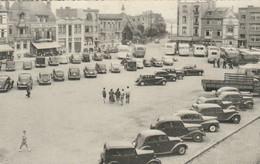 La Panne , De Panne ,  Grand Place - Groote Markt  ,( N° 330 ) Auto Autocar Bus Camion Moto - De Panne
