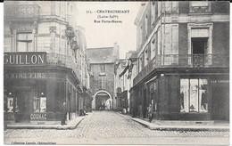 Cpa CHATEAUBRIANT / Rue Porte Neuve - Place St- Nicolas . (Commerces Coin De Rue). - Châteaubriant