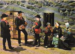 """Folklore De France - L'AUVERGNE. Groupe Folklorique """"La Sanfloraine"""" Saint-Flour. Vielleux Et Cabrettaires - Personen"""
