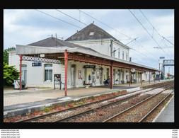 52  SAINT  DIZIER   ...    La  Gare  Interieure - Saint Dizier