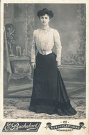 CABINET - Portrait D'une Femme à La Jolie Robe Par BACHELART à COMMERCY (BP) - Oud (voor 1900)