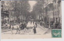83 – LORGUES – CALECHE - BOULEVARD DE LA REPUBLIQUE – CP Circulée écrite Au Verso (1912) - Lorgues