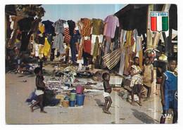 Cote D' Ivoire Scène De Marché Dans La Région Du Centre - Costa De Marfil