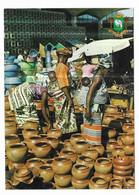 Cote D' Ivoire Poteries Au Marché De Treichville - Costa De Marfil