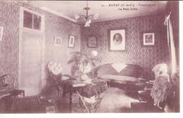 Cpa 63 Royat - Ordre Des Franciscaines , Le Petit Salon - Royat
