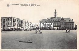 Grote Markt En Stadhuis @  Wenduine - Wenduine