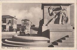 CARTOLINA VIAGGIATA FORLI' MONUMENTO AI CADUTI IL SACRIFICIO 1934 (HC1193 - Forlì