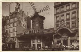 PARIS  Le Moulin Rouge Chevaux Attelée Jeep RV - Distretto: 18
