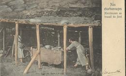 Nos Charbonnages  Hiercheuses Au Travail Du Fond - Mines