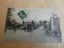 Pacy-sur-Eure - Carrefour Près La Gare - Pacy-sur-Eure