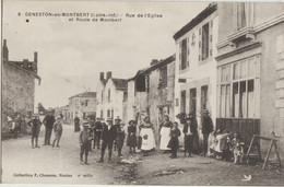 Geneston-en-Montbert  44  La Rue De L'Eglise La Route De Montbert-Tres Tres Animée Devant Café - Otros Municipios