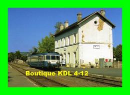 RU 0674 - Autorail X 2917 En Gare - OBJAT - Corrèze - SNCF - Other Municipalities