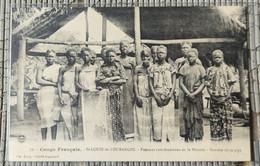 CONGO FRANCAIS - St.LOUIS-de-L' OUBANGHI - Femmes Catéchumènes De La Mission - Kanaka Et Sa Pipe - French Congo - Other