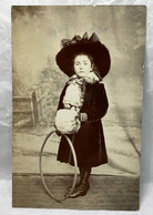 Girl, Hula Hoop, Unused, Children Postcard - Scenes & Landscapes