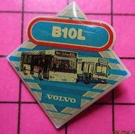 SP01 Pin's Pins / Beau Et Rare / THEME : TRANSPORTS / AUTOBUS ROUTIER VOLVO B10L - Transportation