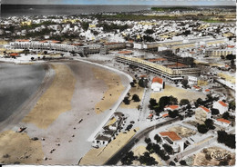 CPM ROYAN  17  : Vue Du Ciel  - Front De Mer  -  Casino Et Portique Non Construits    Carte Vierge - Royan
