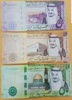 Saudi Arabia 5,10,50,100,500 Riyals 2017 UNC Set Of 5 Notes P-38,39,40,41,42 - Saudi Arabia