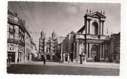 21 - DIJON - Rue Vaillant Et Eglise St Michel - Animée - 1953 (V124) - Dijon