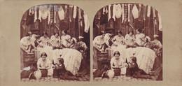 Cpa / Photo Stereoscopique - Div - Femmes En Groupe A La Lessive , Repassage Etc... - Stereoscopio