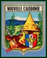 Nouvelle Calédonie Autocollant 7 X 5,5 Cm Blason Cagou...(idéal Pour Personnaliser Album Timbre Carte..) - Stickers