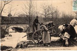 58-EN MORVAN- LE FLOTTAGE- DECHARGEMENT DU BOIS DANS L'YONNE-ANIMEE - Andere Gemeenten