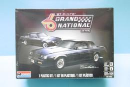 Revell - BUICK GRAND NATIONAL 1987 2'N1 Maquette Kit Plastique Réf. 14495 85-4495 NBO 1/24 - Automobili