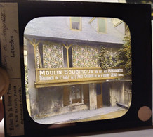 PLAQUE De VERRE LANTERNE MAGIQUE  Maison Natale De Ste Bernadette - Lourdes - Photographie Couleurs - TBE - Glass Slides