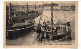 29 - CONCARNEAU - Ville Close Et Arrière-Port - Animée + Bateaux (V146) - Concarneau