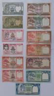 Lot De 13 Billets  NEPAL - Nepal
