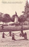 AVRANCHES  Pierre De L' Ancienne Cathedrale Et Monument Aux Morts RV - Avranches
