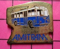 SP03 Pin's Pins / Beau Et Rare / THEME : TRANSPORTS / AUTOBUS ELECTRIQUE TRAMAY AMITRAM AMIENS ? - Transport Und Verkehr