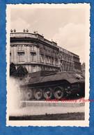 Photo Ancienne Snapshot - WIEN / VIENNE - Char Russe Sur La Staline Platz - 1954 - Post WW2 Austria - War, Military