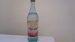 Bouteille 45 Derecelik   YENI RAKI  T.c Inhisarlar Idaresi Grave  Sur Verre Inhisarllar Pleine Collection - Other Bottles