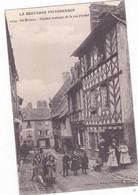 ST BRIEUC Vieilles Maisons De La Rue Fardel Animée       906 - Saint-Brieuc