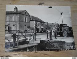 LE GUETIN : Hotel Du Pont Canal  ................ G618 - Otros Municipios