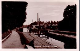 """CORBIE  -  Le Canal  -  L' Ecluse  -  Péniche """" SURCOUF"""" - Corbie"""